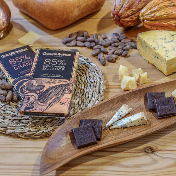 Gastronomic moments: Chocolate & Cheeses