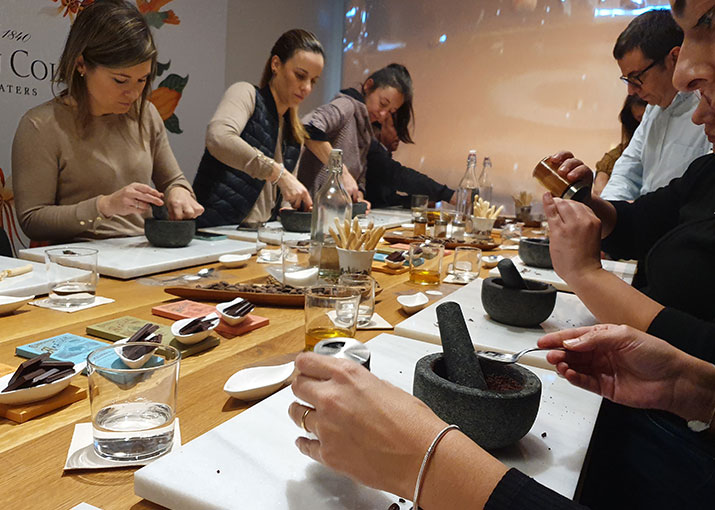 Live a unique experience around the world of cacao and chocolate